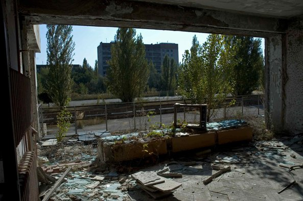 A_Sunday_In_Pripyat_1